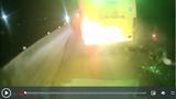 Phóng tốc độ kinh hoàng, 2 thanh niên lao vào đuôi xe khách