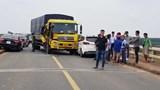 Xe tải gây tai nạn liên hoàn, Quốc lộ 14 tê liệt