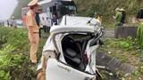Va chạm xe khách, 2 người trên xe con tử vong tại chỗ