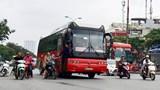 CSGT ghi hình xử lý xe bắt khách dọc đường