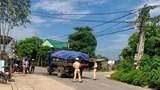 Va chạm với xe tải, nam thanh niên nhập viện nguy kịch