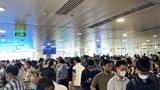 Sân bay Tân Sơn Nhất đón lượng hành khách cao kỷ lục trong đợt nghỉ lễ 30/4 - 1/5