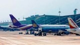 Sân bay Nội Bài và Tân Sơn Nhất cho phép khách nhập cảnh trở lại