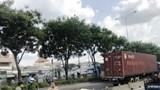 Nam thanh niên tử vong dưới gầm xe tải, nghi do tự tử