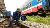 Ký xong hợp đồng bảo trì đường sắt: Mới giải quyết được phần ngọn