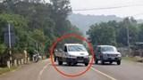 Kon Tum: Khởi tố 3 tội danh đối với thanh niên cướp xe, tông CSGT để trốn cách ly