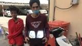 TP Hồ Chí Minh: Bắt 2 con nghiện chuyên bẻ trộm gương ô tô lấy tiền mua ma túy