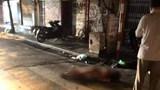Đoàn xe máy chạy tốc độ cao tông trúng cô gái trẻ trên phố Hàng Bạc