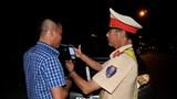 Nghệ An: Uống chén rượu mừng, lái xe bị tước GPLX gần 1 năm