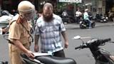 Cảnh sát xử phạt 40 người nước ngoài vi phạm giao thông ở TP.HCM