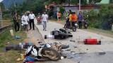 2 xe máy va chạm kinh hoàng, 5 người thương vong