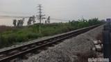 Làm rõ vụ tàu hỏa tông 2 công nhân đường sắt thương vong ở Nam Định