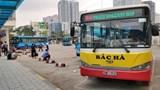 Giảm 80% lượng xe buýt: Người dân không khỏi bỡ ngỡ