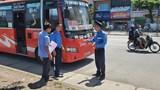 Ra quân kiểm tra xe khách, xe hợp đồng khu vực quận Hoàng  Mai