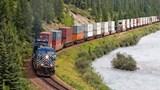 Ngành đường sắt giảm 50% giá cước vận chuyển hàng nông sản vùng dịch