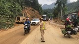 CSGT Hà Giang phân làn, thông tuyến khắc phục hậu quả do mưa lũ gây ra