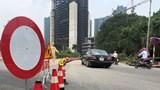 Ghi nhận ngày đầu tiên cấm ô tô qua cầu Thăng Long