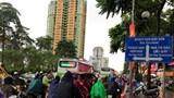 """[Ảnh] Hà Nội: Mưa lớn gây tắc đường, nhiều nơi """"phố như sông"""""""