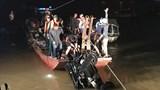 [Video] Toàn cảnh trục vớt chiếc ô tô lao từ cầu Chương Dương xuống sông Hồng