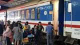 Ngày 30 Tết, hàng nghìn người hối hả về quê trên chuyến tàu Bắc - Nam