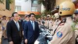 Chủ tịch Nguyễn Đức Chung: Xử nghiêm vi phạm của người tham gia giao thông