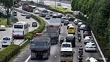 Làm sao để dịch vụ gọi xe, chia sẻ xe không gia tăng ùn tắc?
