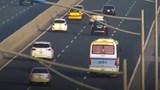 Tước bằng 3 tháng đối với tài xế dừng xe khách giữa cao tốc Hà Nội - Hải Phòng