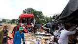 Xe khách đối đầu xe tải, 2 tài xế tử vong