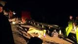 Xe tải tự lật khiến 1 người chết trên đèo Măng Yang