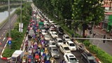 Hà Nội: Nhiều tuyến phố ùn tắc, ngập sâu sau cơn mưa lớn
