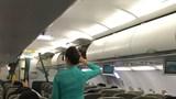 Cấm cửa máy bay với khách say xỉn: Quy định đã có nhưng thực thi thế nào?