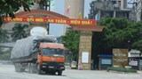 """Hàng loạt xe tải chở xi măng Vicem Tam Điệp """"có ngọn"""" ngang nhiên hoạt động"""