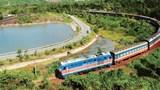 Thu hút nhà đầu tư để hiện đại hóa đường sắt: Lạc hậu và cô độc