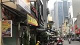 Ngõ 298 Tây Sơn: Lòng đường thành bãi xe, vỉa hè thành quán xá