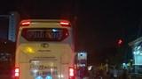 Hà Nội: Ai 'làm ngơ' để xe trái tuyến biến đường thành 'bến lậu'?