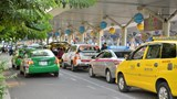 Đề xuất sử dụng đất gần sân bay Tân Sơn Nhất làm bãi đậu taxi