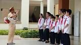 Hà Nội: Học sinh thích thú với giờ ngoại khoá tìm hiểu pháp luật an toàn giao thông
