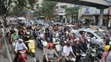 Hạn chế xe máy: Bắt đầu với vận tải công cộng khối lượng lớn