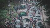 """Phát triển giao thông công cộng: Vẫn """"gập ghềnh"""" giải pháp!"""