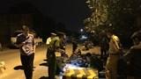 Đâm cột bê tông chặn xe tải, con gái 12 tuổi tử vong, mẹ nguy kịch