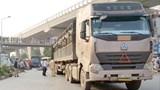 Hiểm họa từ xe tải lưu thông giờ cấm