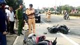 Hà Tĩnh: Va chạm giữa ô tô và 2 xe máy, 2 người thương vong