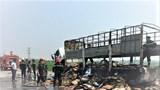 Nghệ An: Xe tải chở bìa các tông bốc cháy trên quốc lộ 7