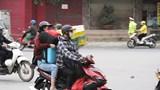 """Hà Nội: Người dân """"khăn gói"""" về quê trước thời điểm cách ly toàn xã hội"""
