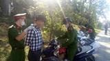 Lâm Đồng: Nhắc nhở không đeo khẩu trang, phát hiện tàng trữ ma túy