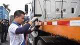 Dán dải phản quang cho xe tải: Cần thiết để kiềm chế tai nạn giao thông