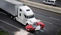 """Những kĩ năng """"sống còn"""" khi lưu thông cùng xe container"""