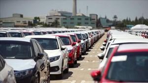 Nửa tháng đầu năm, hơn 6.300 ô tô nhập khẩu vào Việt Nam