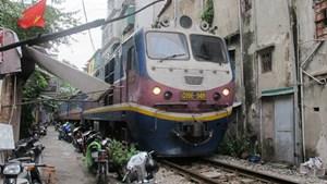 Xử lý vi phạm hành lang đường sắt