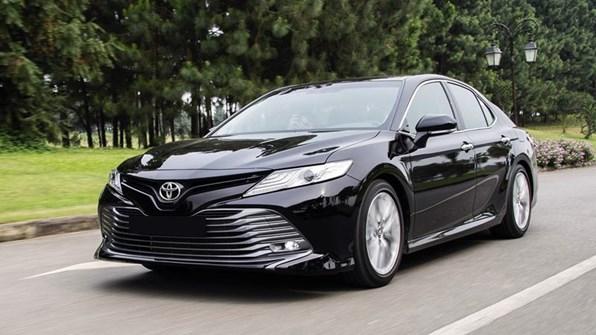 Giá xe ôtô hôm nay 16/7: Toyota Camry có giá 1,029-1,235 tỷ đồng